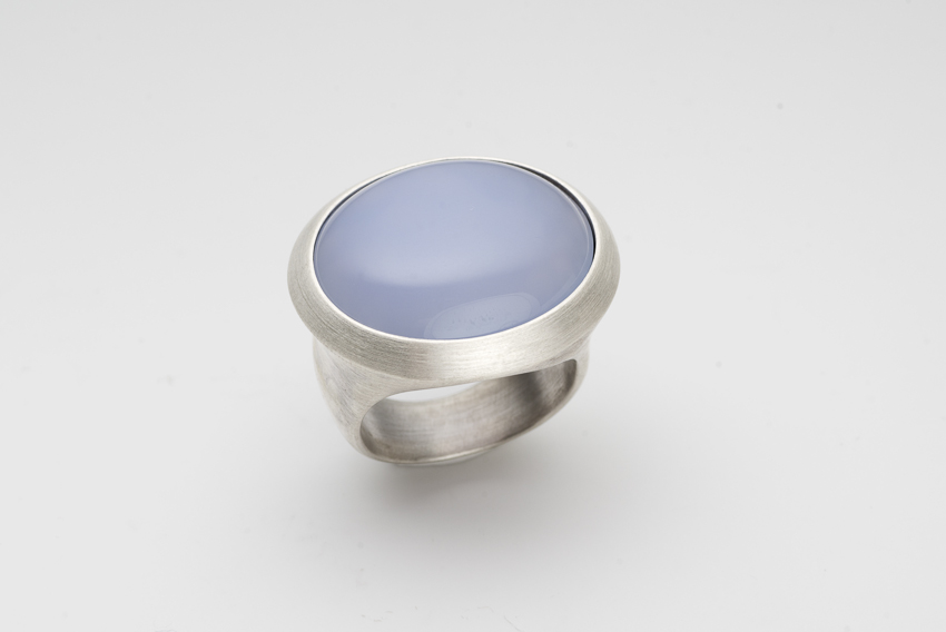 Ring in Silber mit Chalcedon