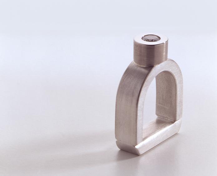 Ring in Silber und Weissgold mit Brillant