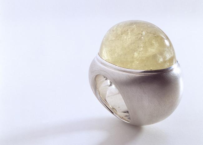 Ring in Silber mit Gold-Beryll