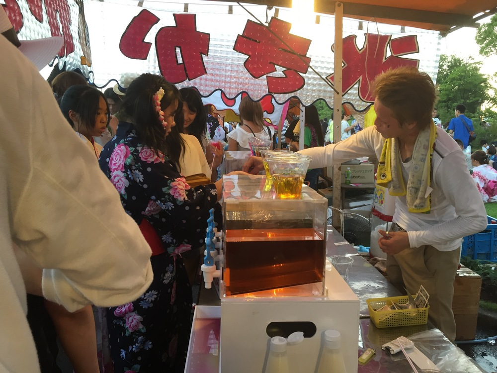 A busy shaved-ice, or kakigori, stand at the festival.