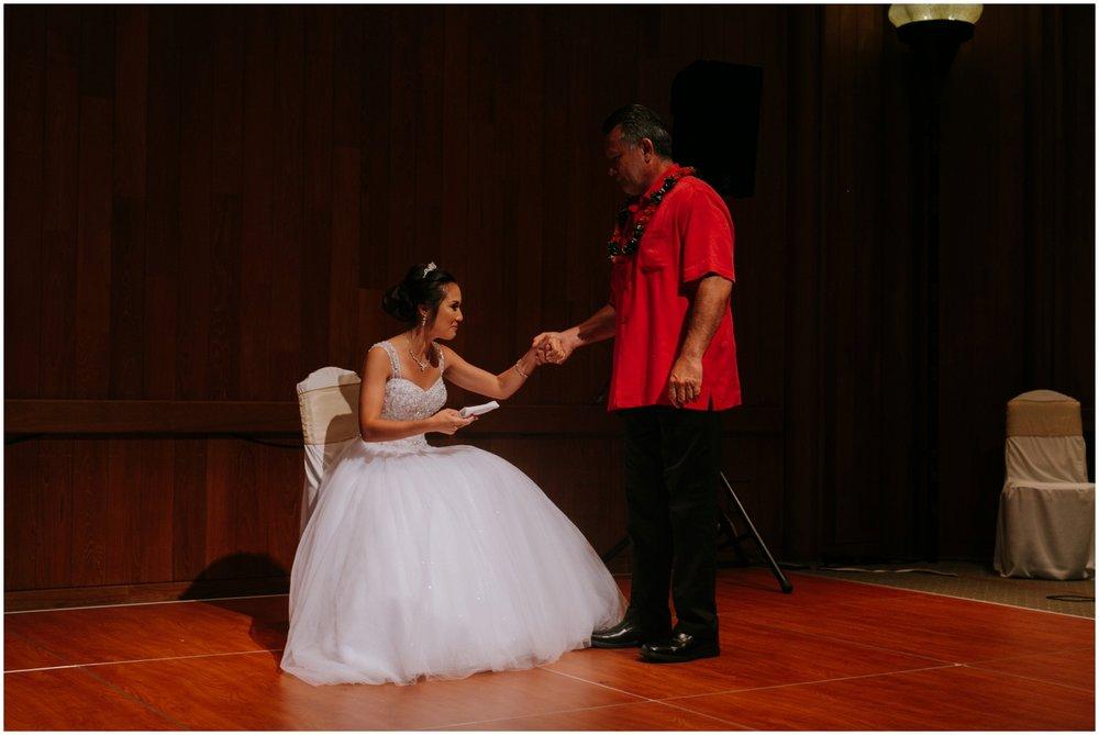 Halekulani-Hotel-Wedding-Photos_0068-1.jpg