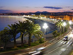 Nice Promenade des Anglais at night (W. M. Connolley )