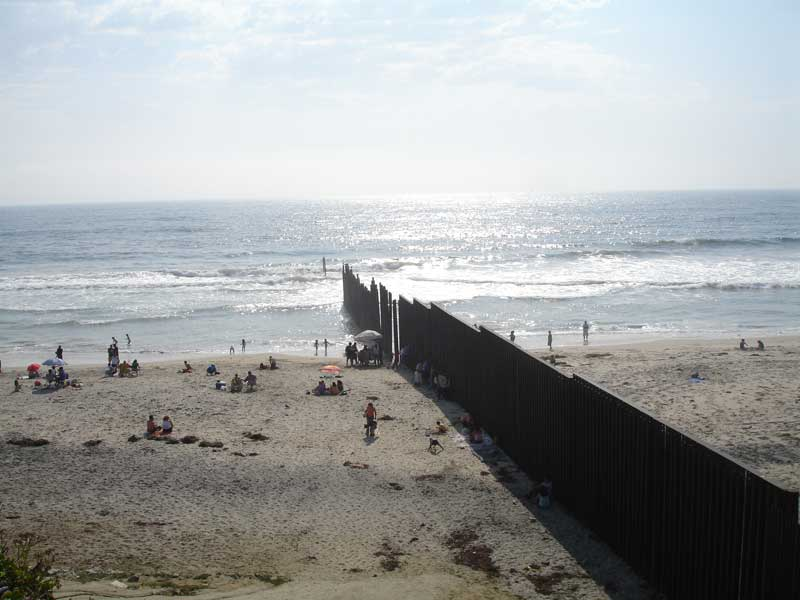 Mexico-USA western beach border wall