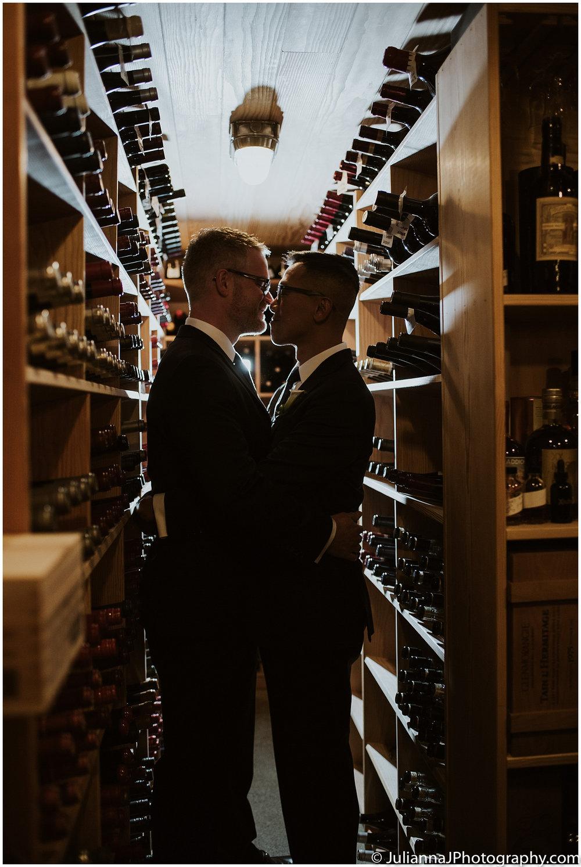 Parson_Garden_Canlis_Wedding_Seattle_Wedding_photographer_Juliannajphotography30.jpg
