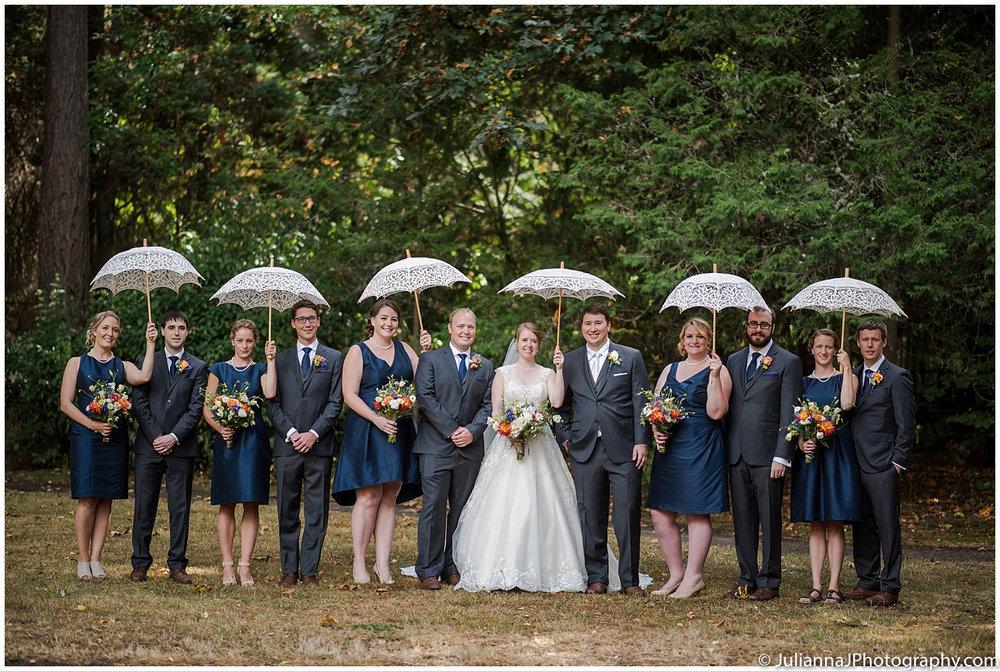 Saltys_on_Alki_wedding_photos029.jpg