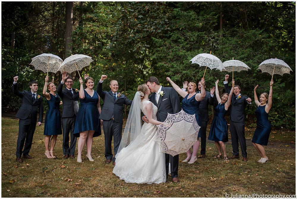 Saltys_on_Alki_wedding_photos030.jpg