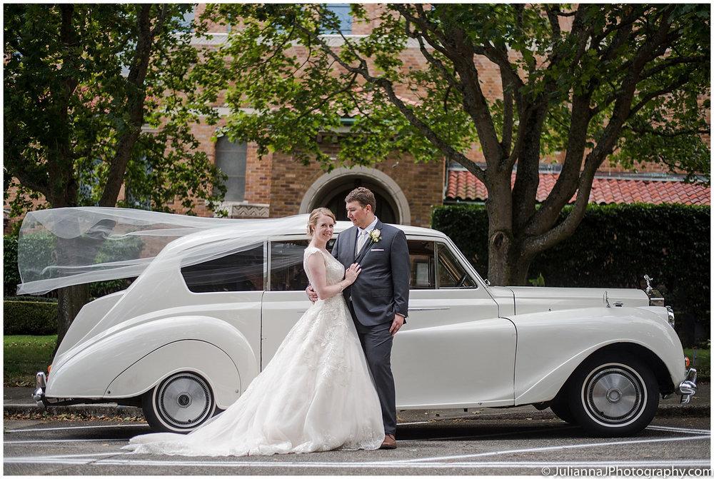 Saltys_on_Alki_wedding_photos032.jpg