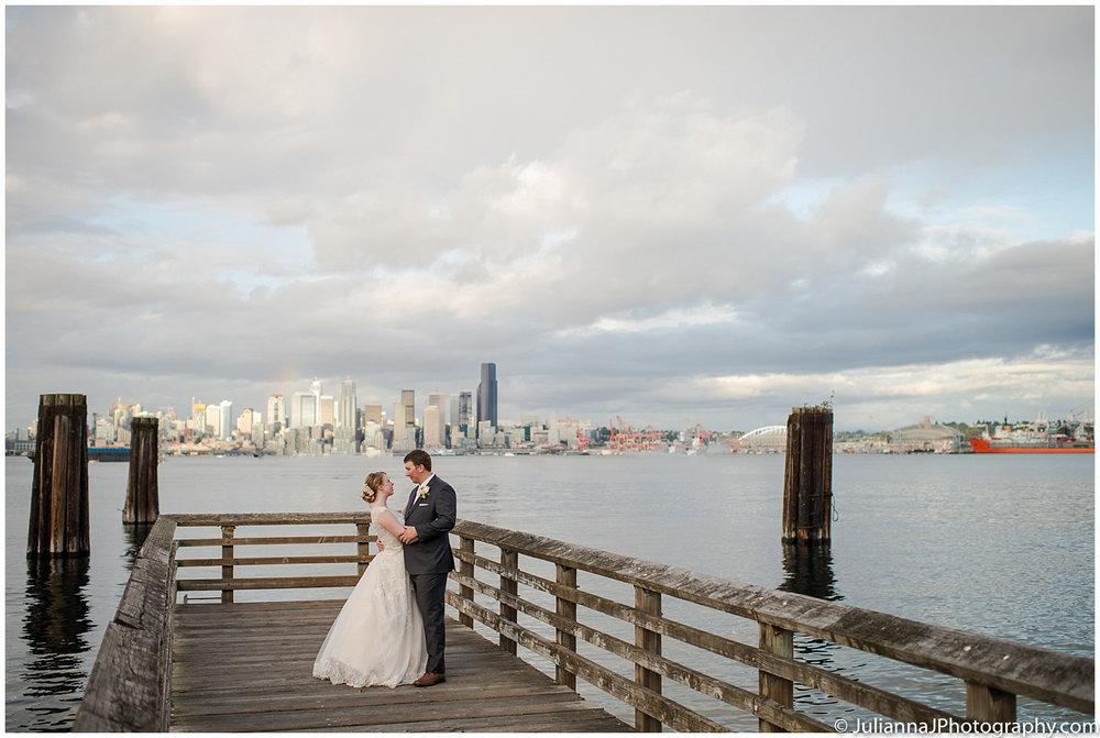 Saltys_on_Alki_wedding_photos045.jpg