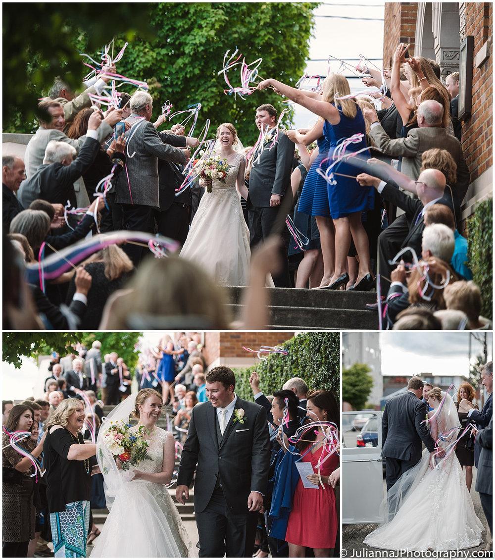 Saltys_on_Alki_wedding_photos044.jpg