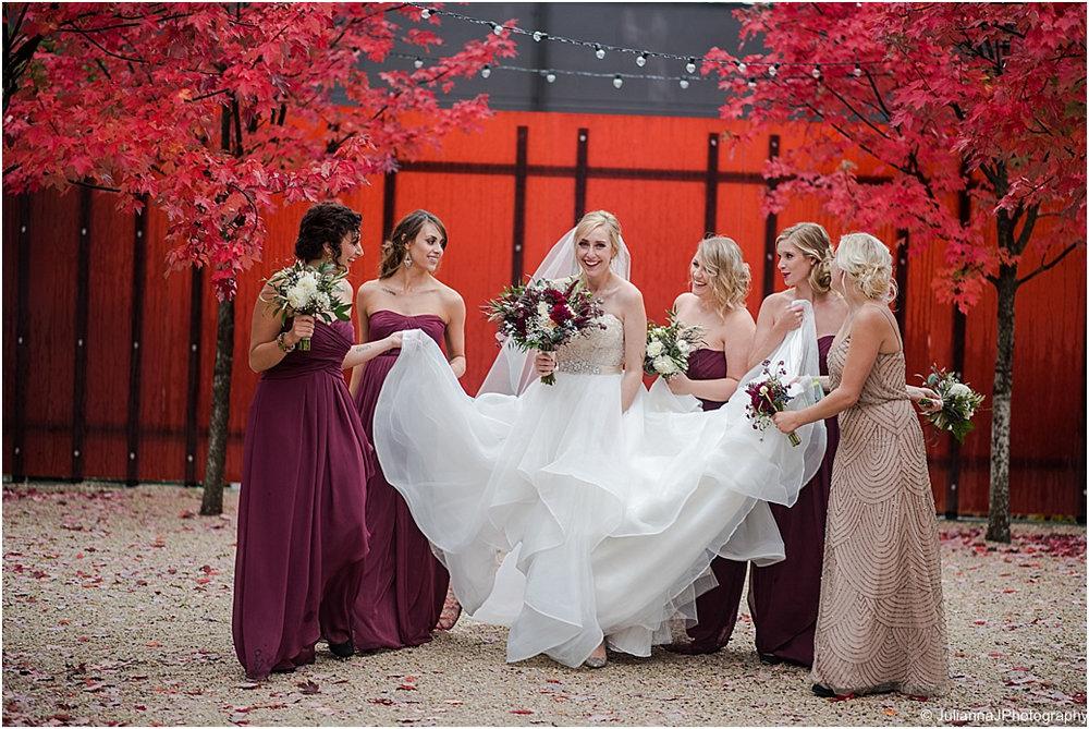 Novelty_Januik_Wedding033.jpg