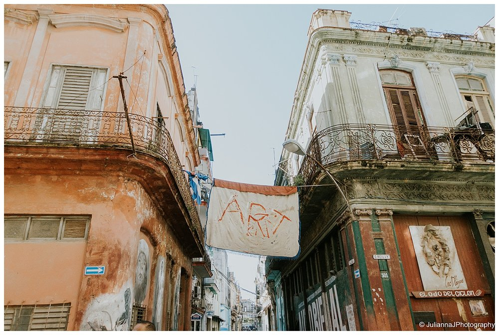 Tips_for_traveling_to_cuba-8.jpg