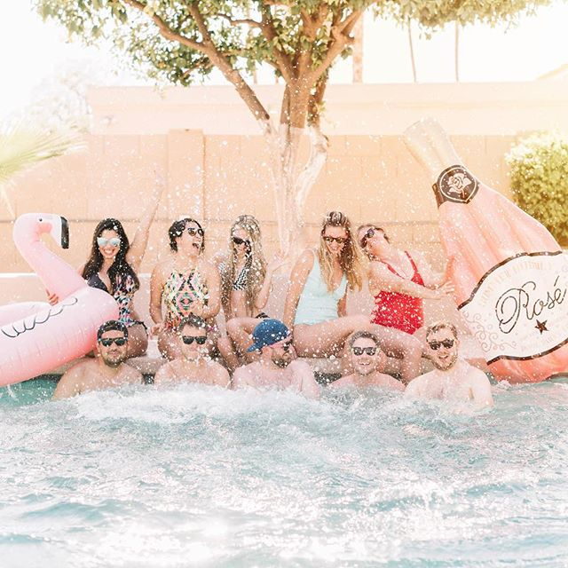 Today was PERFECTO! 😍  Couldn't have asked for better way to celebrate my birthday weekend then with these 10 friends, hanging out in sunny ☀️ Scottsdale, Arizona.  I've never been here before but I have a feeling I'll be back! 😉 . . . . #birthdaygirl #weekendgetaway #visitingscottsdale #sunnyescape #floaties #friendtrip
