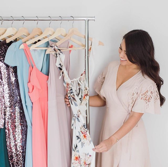 Hey there! It's me, Julianna, and I'm not just your wedding photographer! I'm your stylist too, offering access to my wardrobe to each and every client. I pride myself on hand-selecting and altering these pieces myself. ⠀⠀⠀⠀⠀⠀⠀⠀⠀ To me, styling goes hand in hand with taking photos. Combine the two perfectly and you can create anyone's dream image. . What's your favorite styling tip? Let me know down below and be sure to tag your most stylish friend! . . . . . #juliannajphotography #seattleweddingphotographer  #sweetheartphotographer #seattlestylist #stylist #style #fashion #bossbabe #bossbabesupport #bossbabes #likeaboss #stylingtips #stylinguide #engagementstyling