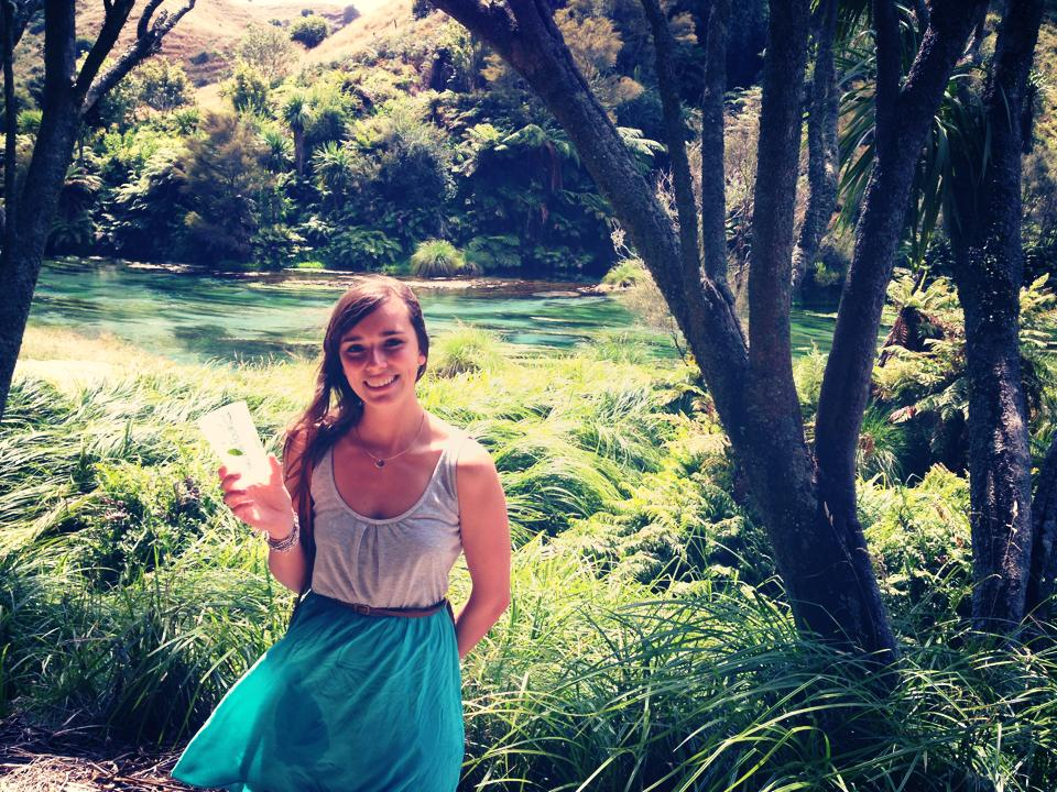 A backpacker using Tikiwai at Blue spring in New Zealand.