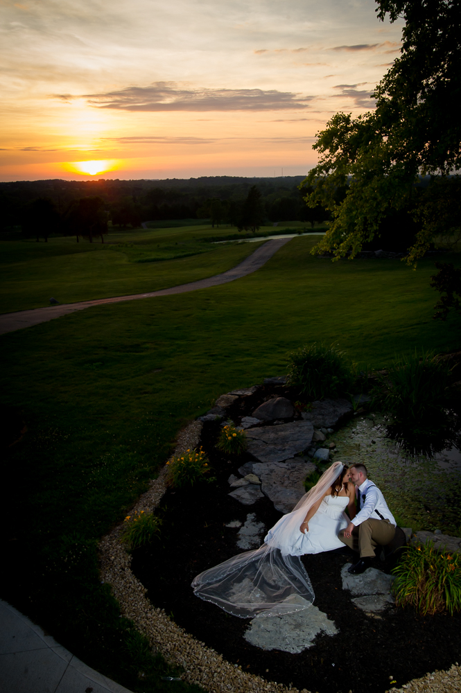 1-cincinnati-wedding-bride-groom-sunset-indian-ridge-golf-course.jpg