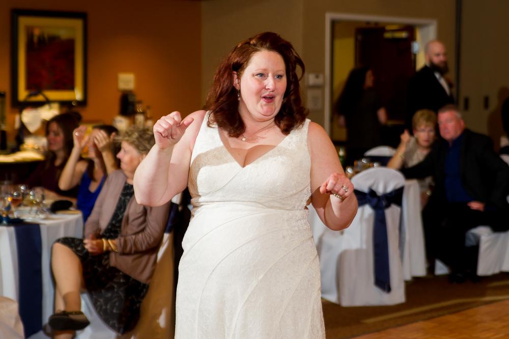 2-dayton-wedding-bride-dancing-hilton-garden-inn.jpg