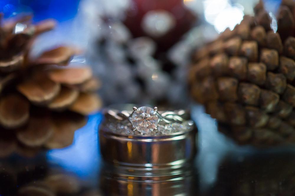 4-cincinnati-wedding-ring-detail-pine-cone-reception-pinnacle-ballroom.jpg