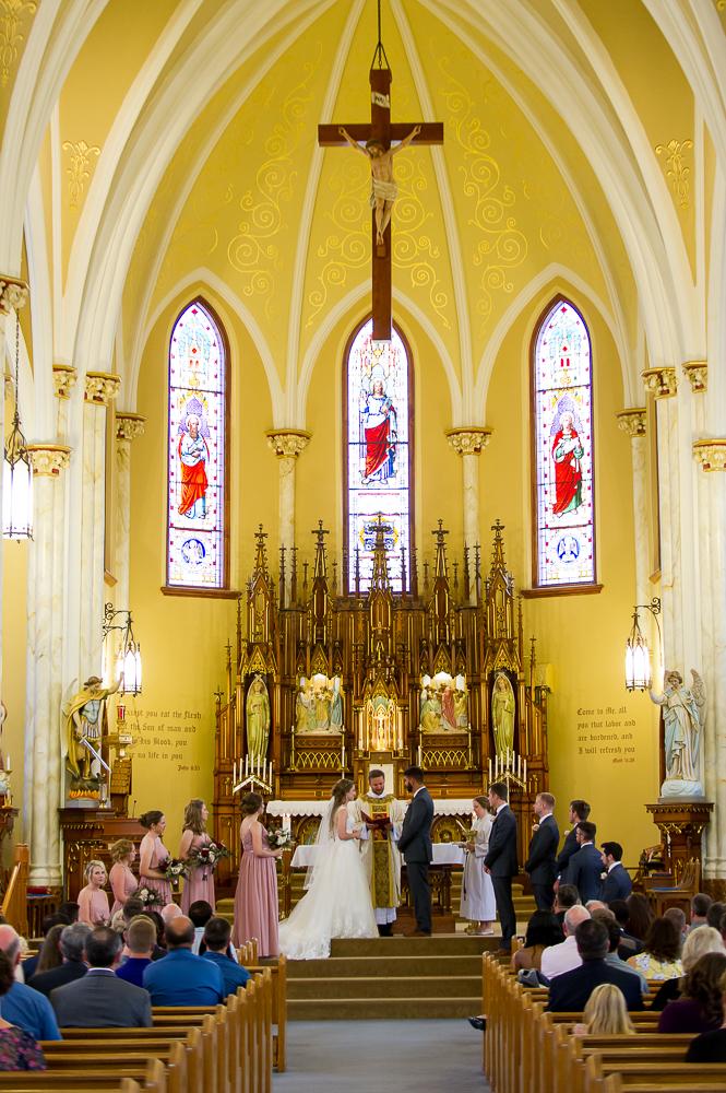 5-cincinnati-wedding-ceremony-holy-angels-catholic-church.jpg