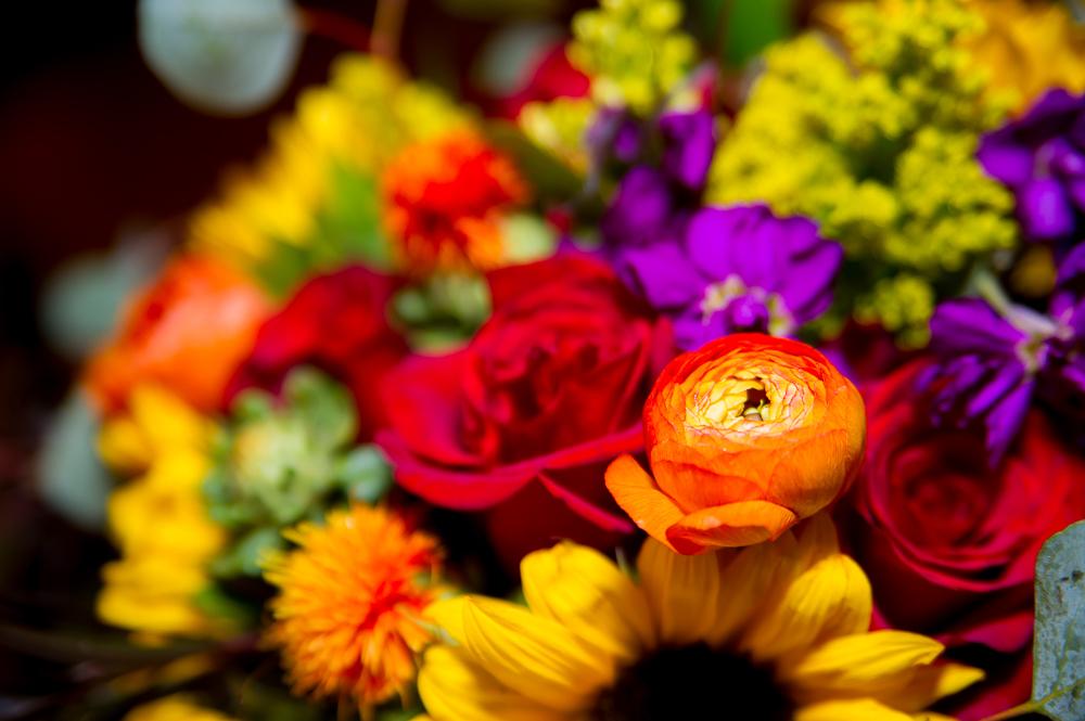 6-cincinnati-wedding-ymca-camp-kern-bouquet-detail.jpg