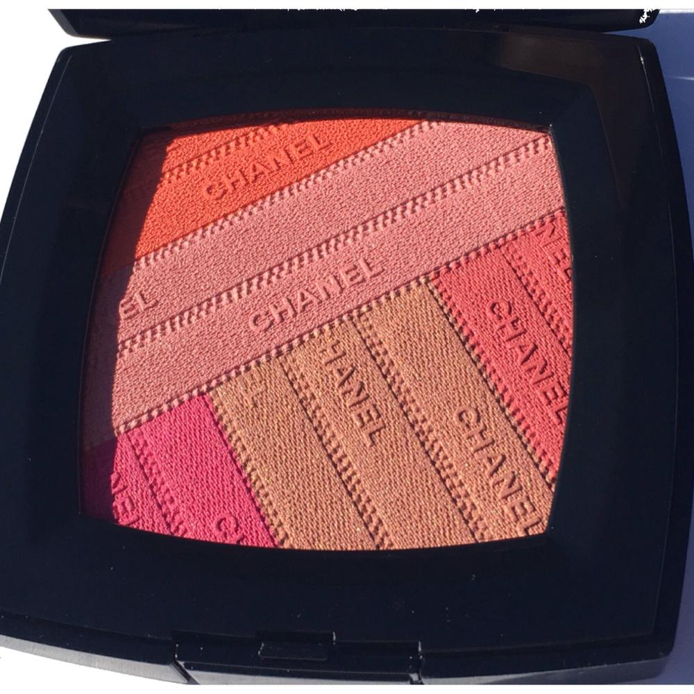 Chanel Sunkiss Ribbon Blush Up Close.JPG