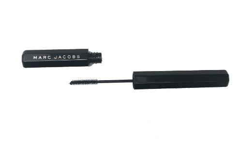 Marc Jacobs Feather Noir