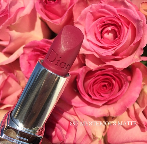 897 Mysterious Matte Rouge Dior
