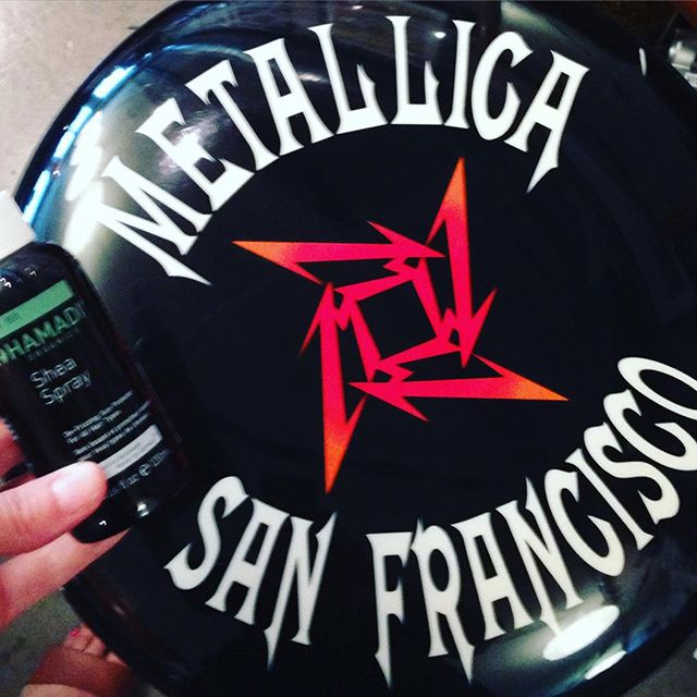 Today on set with Kirk Hammett from #metallica 👏🏻👏🏻🎸🎸 To tame his curly hair I used #hamadiorganics Shea Spray that I got in this months shipment from  #goodebox. He loves organic products so it was a win win! #greenbeauty #ecobeauty #sfmakeupartist #sfmua #rocknroll #lovemyjob #eastbaypride