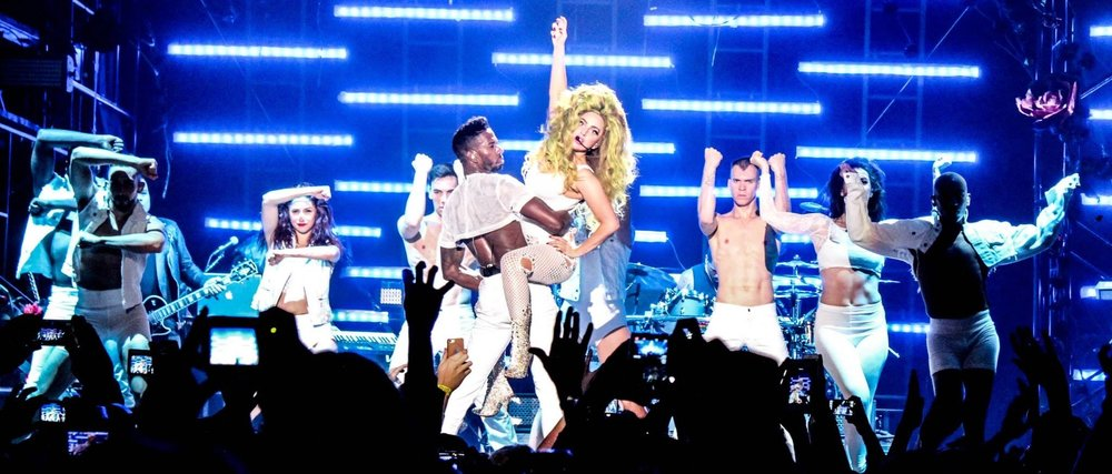 "Lady Gaga ""GUY"" on the David Letterman Show"