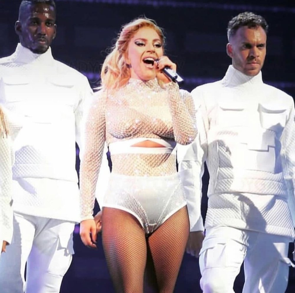 """""""The Cure"""" at Joanne World Tour"""