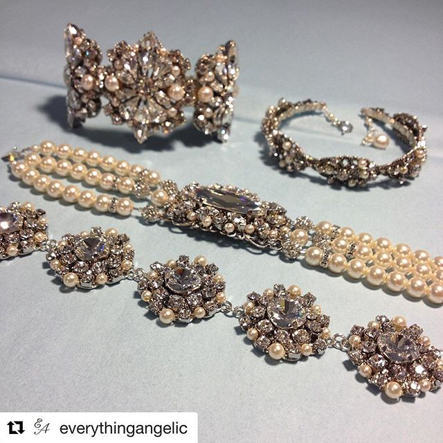 TRUNK SHOW - earrings, bracelets, necklaces and halos! Bring on the sparkle!✨✨✨ it's not too late to shop for your essential bridal accessories! This weekend only! @everythingangelic  #trunkshow #bridaldesigner #bridalaccessories #sparkle #seattleevents #seattlephotographer #shesaidyes #seattleevents #bridaljewelry #gorgeous #glam #bridetobe #belltownbride #belltownbrideseattle