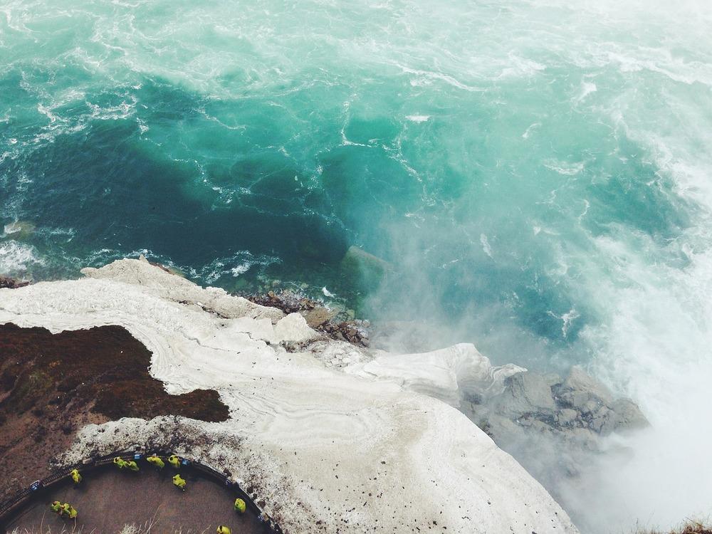 coastline-598177_1280.jpg