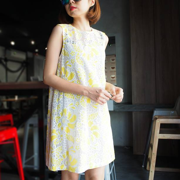 Embossed Lace Dress - Yellow