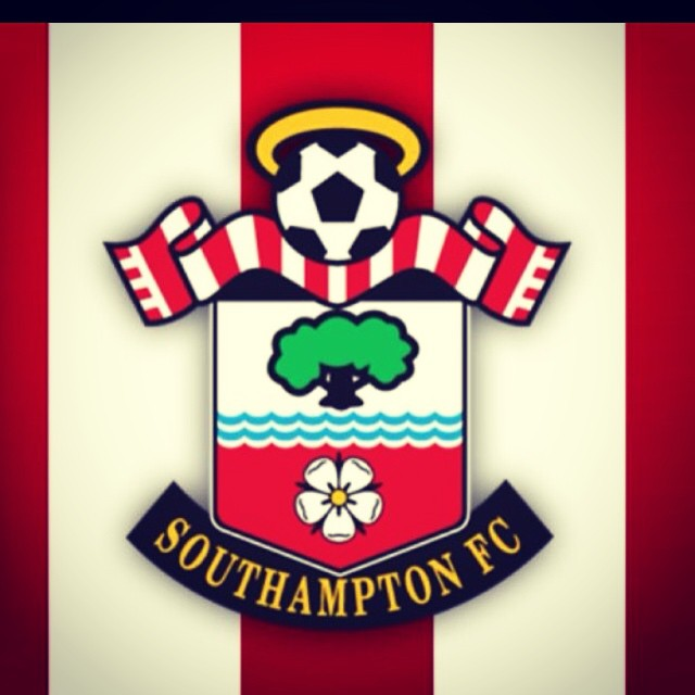 Due to many disputes over football the band have finally agreed that Southampton FC is now the official team of 5DS!  #ohwhenthesaintsgomarchingin