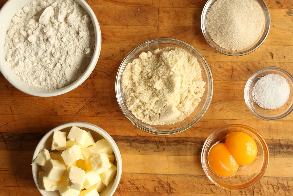 Almond Crust Mise