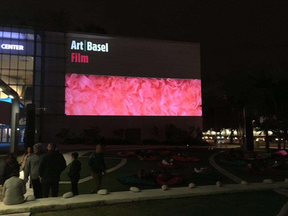 2017_Art-Basel_Miami_01.jpg