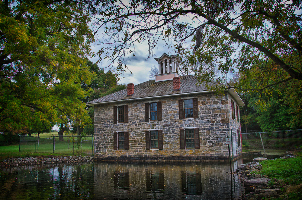 scaled Dykeman's_Spring_Hatch_House_and_Pond.png