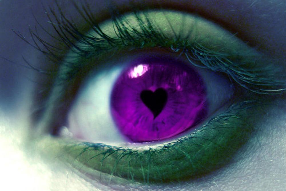Acid_Eyeliner_by_lambchop4444.jpg