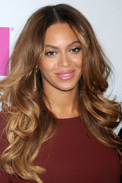 Beyonce_glamour_15dec14_pa_b_426x639.jpg