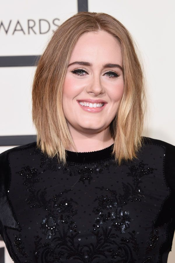 For someone who was once known for her MASSIVE bouffant hair and major cat-eyes, this is basically going bare-faced. But we think this minimal look suits Adele — her lob is super chic, her skin looks flawless, and we're seriously crushing over those bold brows.