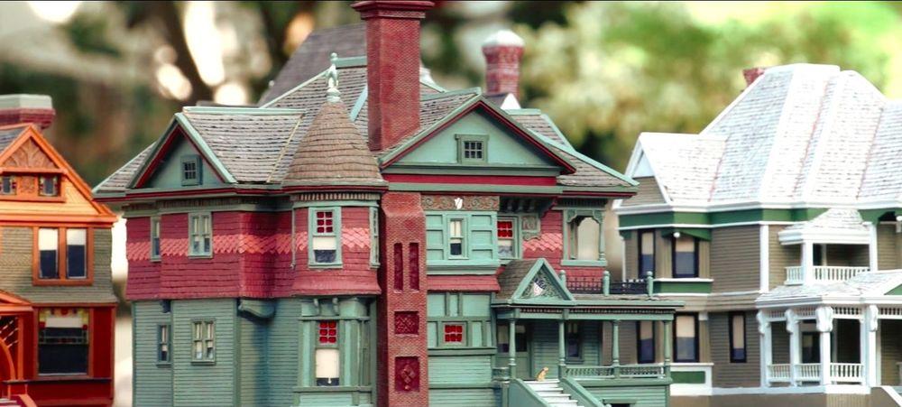 Old_Houses_LA.jpg