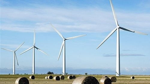 4. SWEDEN SET TO MEET 2030 RENEWABLE ENERGY TARGET - 12 YEARS AHEAD OF SCHEDULE.