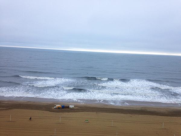 { The horizon meeting the ocean. Gorgeous. }