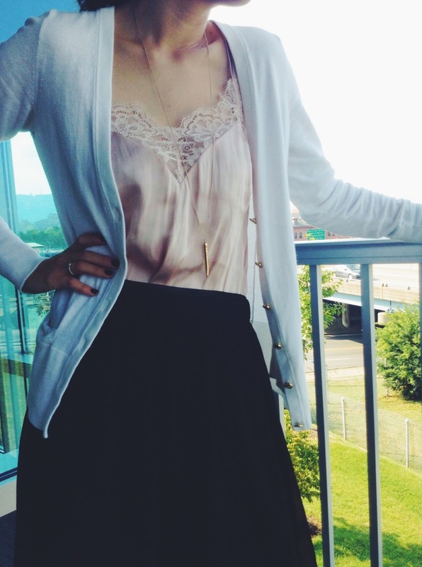 { Blush tones + lace = love }