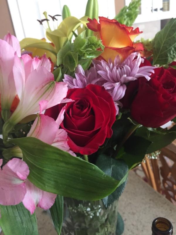 { The prettiest birthday flower arrangement. }