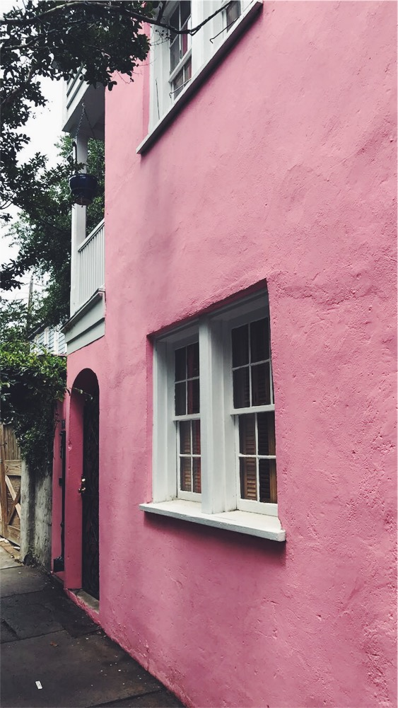 { Pink houses? Charleston, you've officially stolen my heart. }