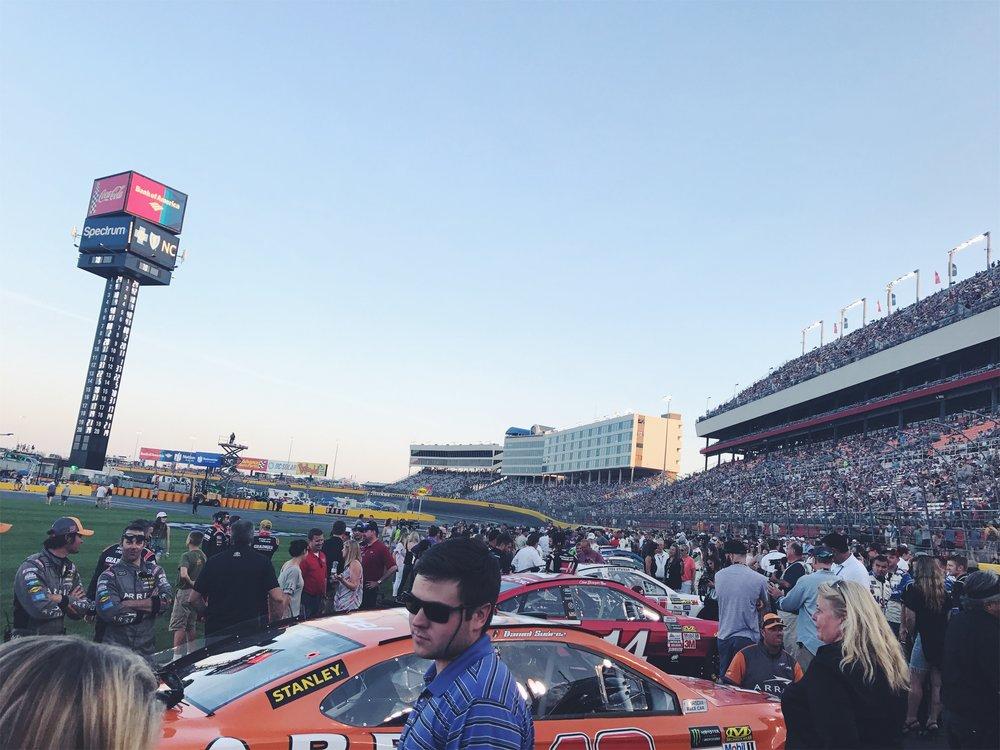 { NASCAR turn up. }