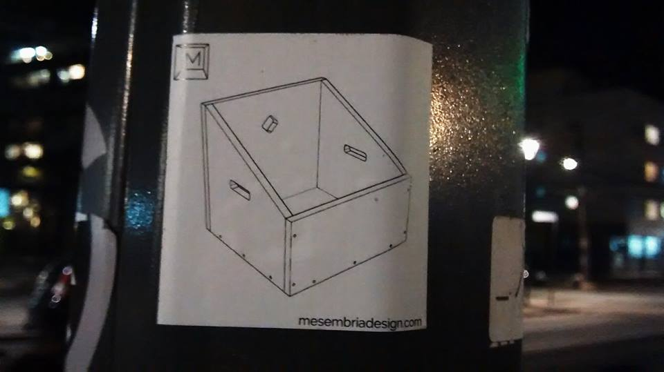 adesivo caixa trapézio.jpg
