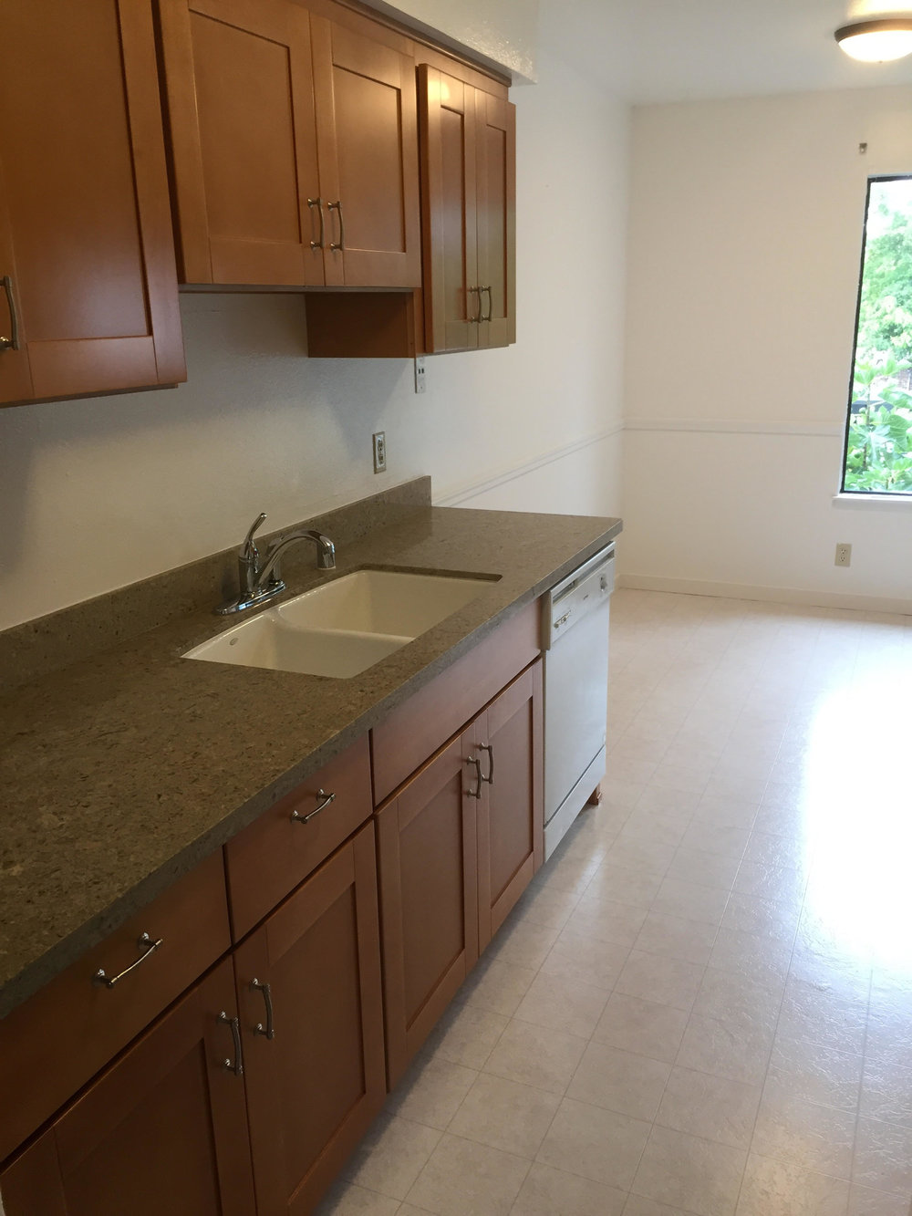 1925 46th Ave. #96 - New Quartz Counter tops. New Maple Cabinets. Beautiful Remodel, Move-In Ready!