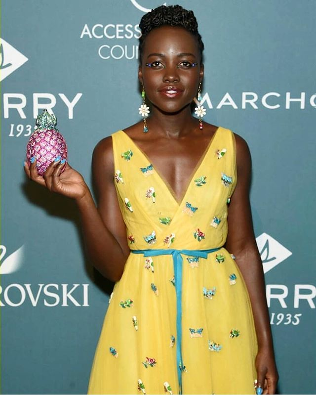 @lupitanyongo stole the show last night at the #2018AceAwards! 🍍😍 Thank you for having us @accessoriescouncil! Check out our stories for more highlights from the evening. ✨ @ubm_fashion #WWDMAGIC #LupitaAnyongo 📷: @JohnNacionImaging