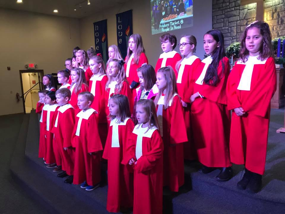 KIDS' CHOIR - Children in Kindergarten through 5th Grade are invited to participate in a seasonal children's choir, which rehearses on Sunday mornings.